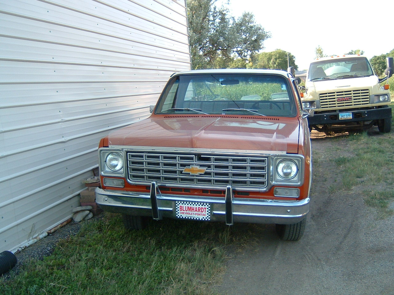 1976 C10 CHEVY ORANGE AND TAN